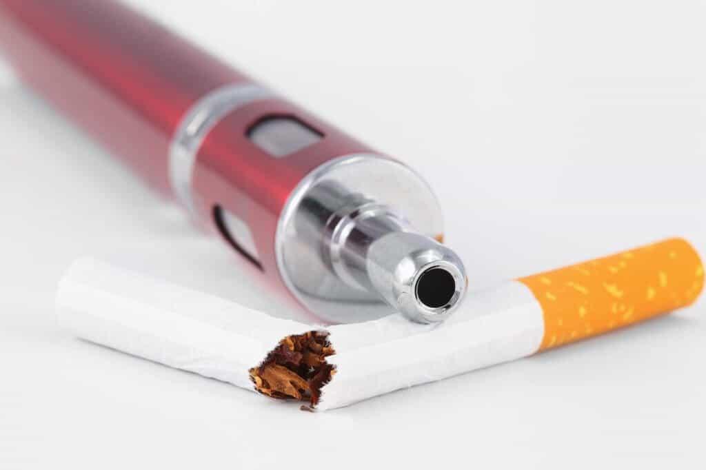 E-Zigaretten - Wie schädlich sind sie wirklich? Fotolia #87620995